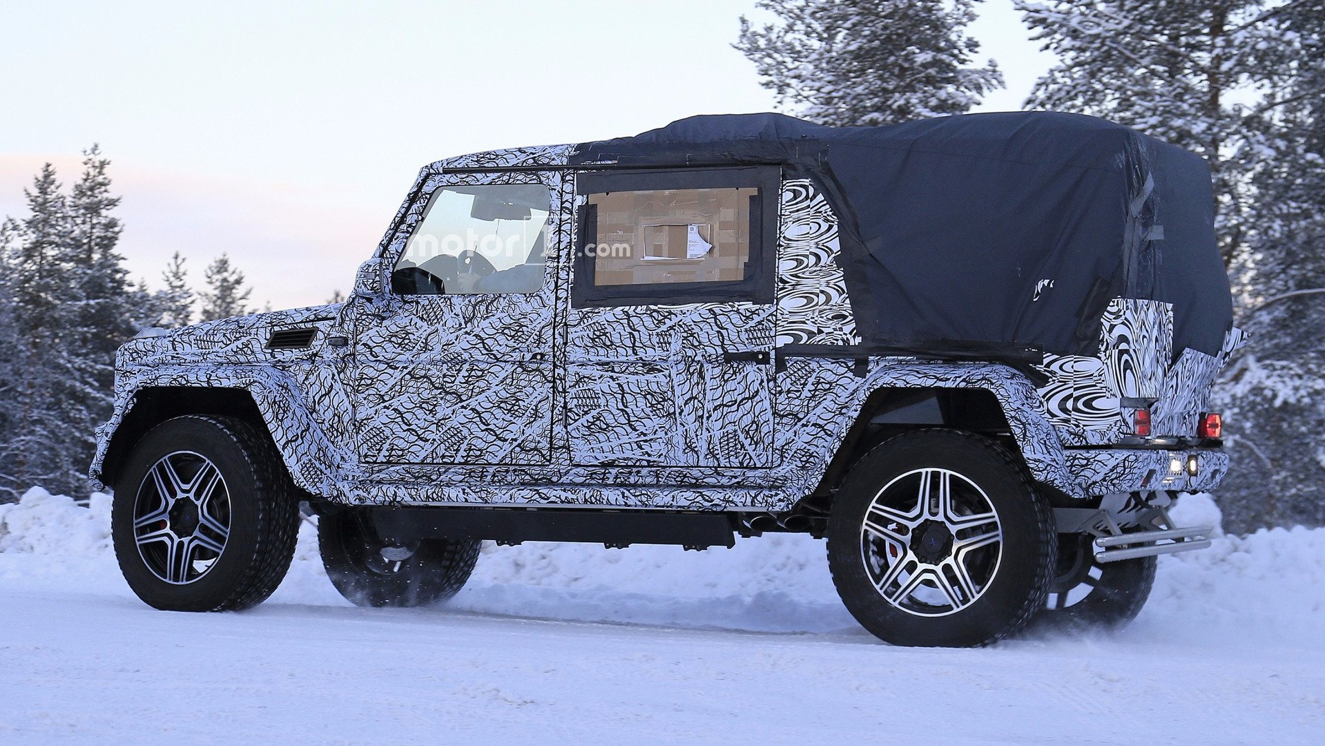 2018 mercedes g 4x4 pickup spy