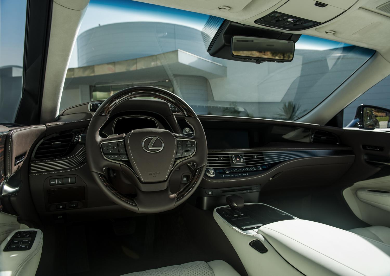 Lexus LS500 2018