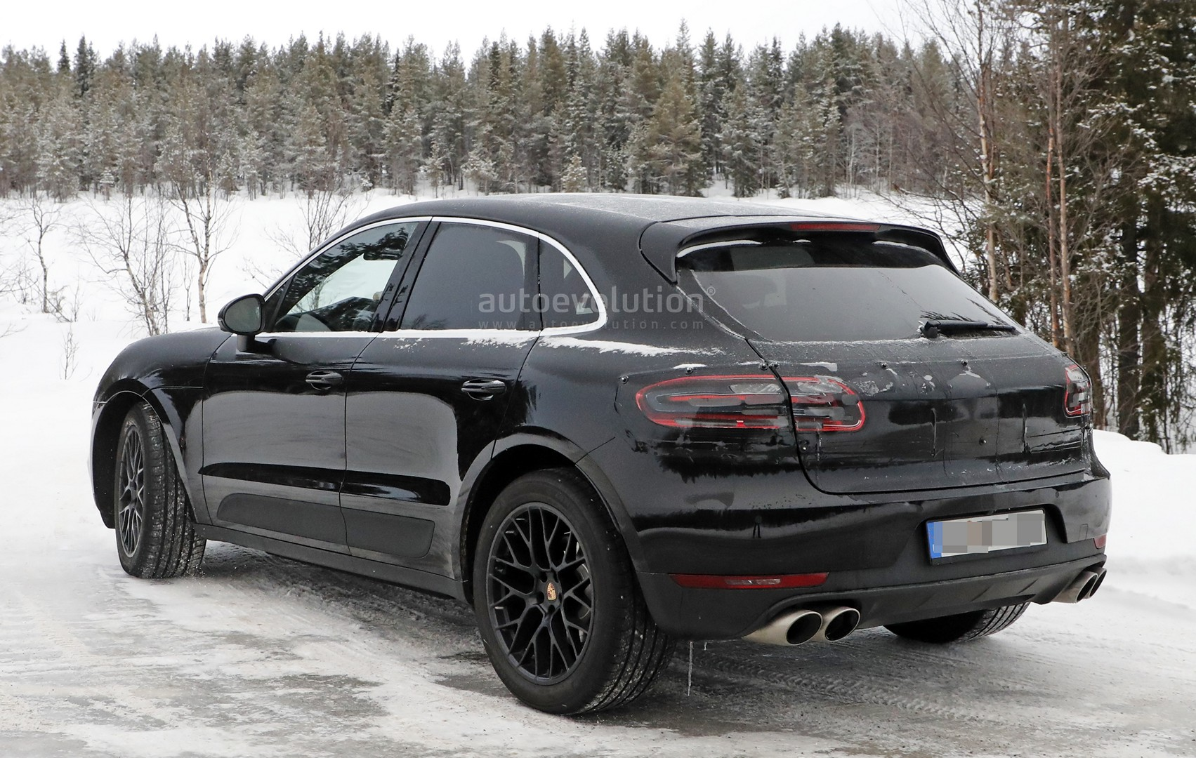 porsche macan 2018 facelift przy apane motofilm. Black Bedroom Furniture Sets. Home Design Ideas
