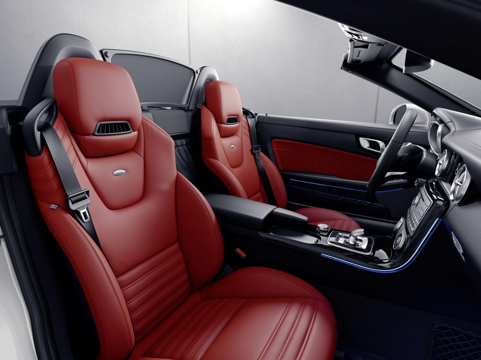 Mercedes-Benz SLC RedArt Edition