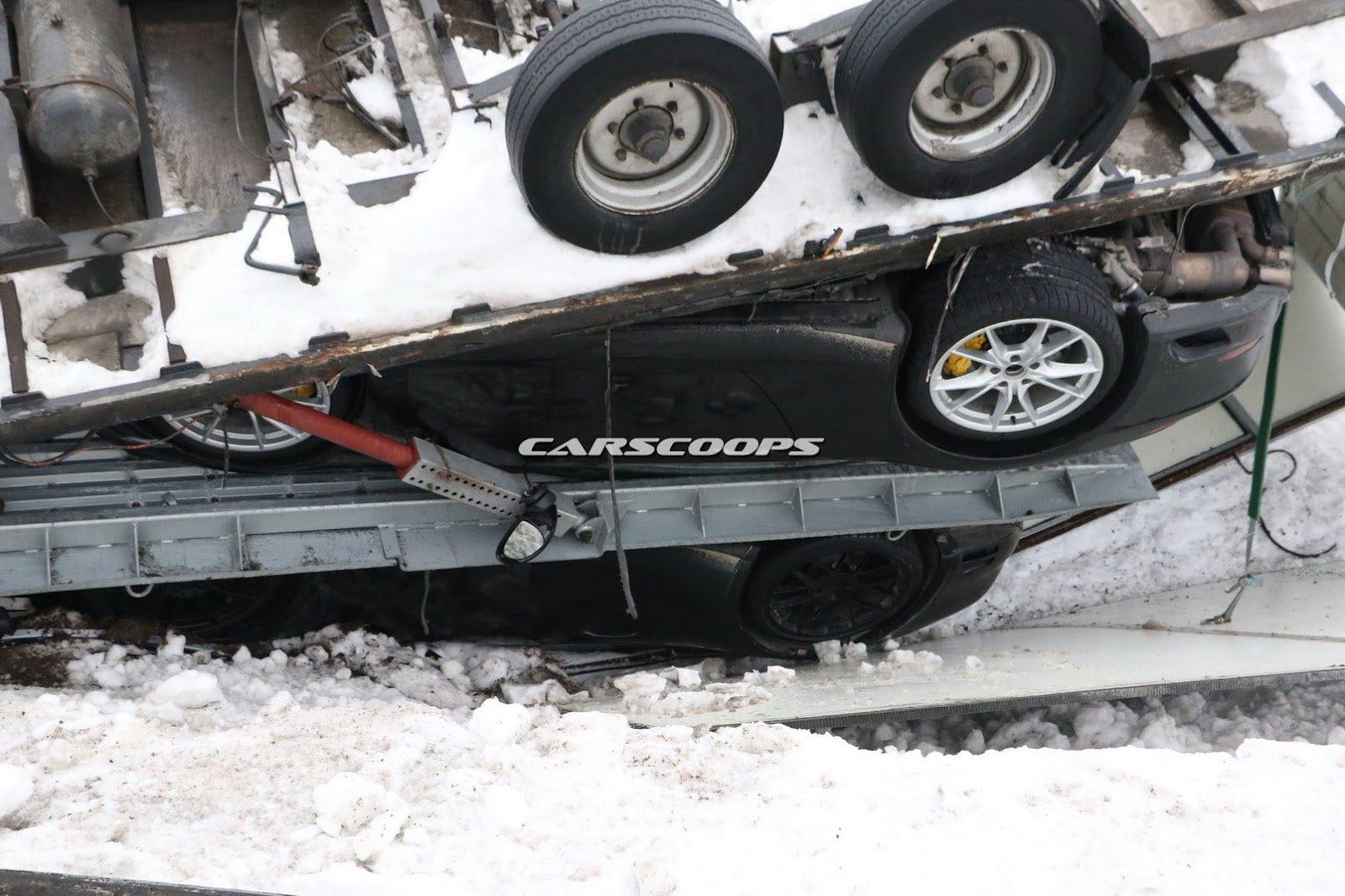 Wypadek ciężarówki z Porsche