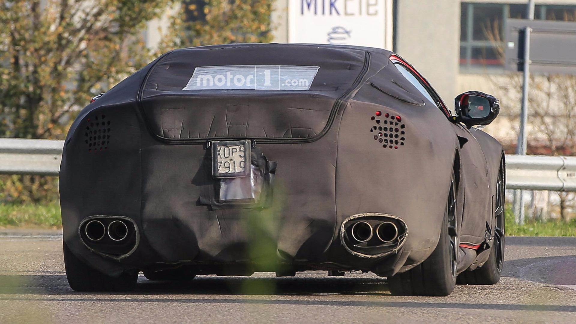 Ferrari F12M Spyshot