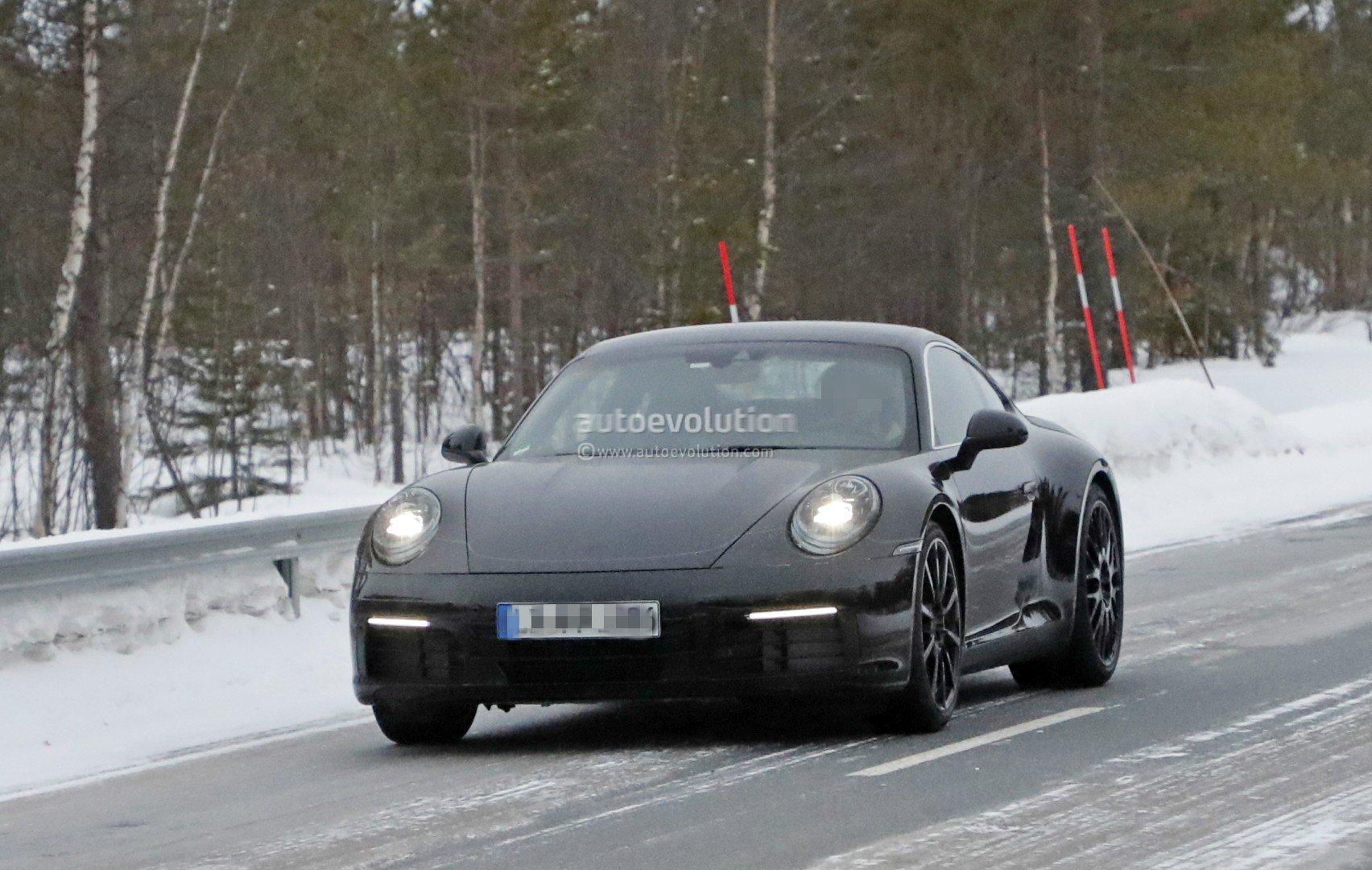 Porsche 911 992 Spyshot