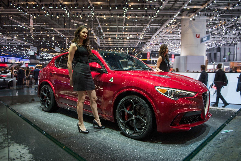 Alfa Romeo Stelvio Genewa 2017