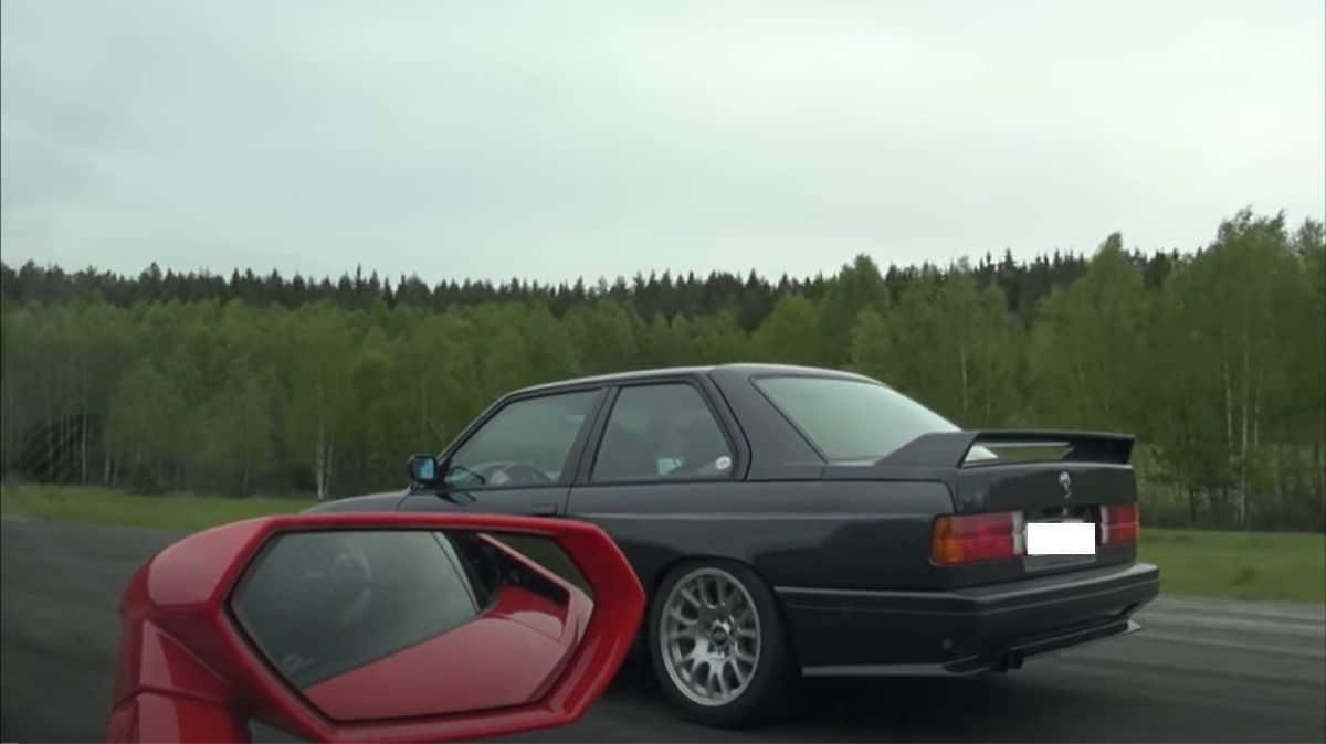 BMW M3 E30 vs. Lamborghini Huracan