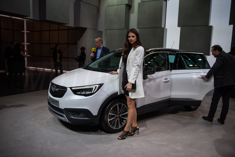 Opel Crossland X Genewa 2017