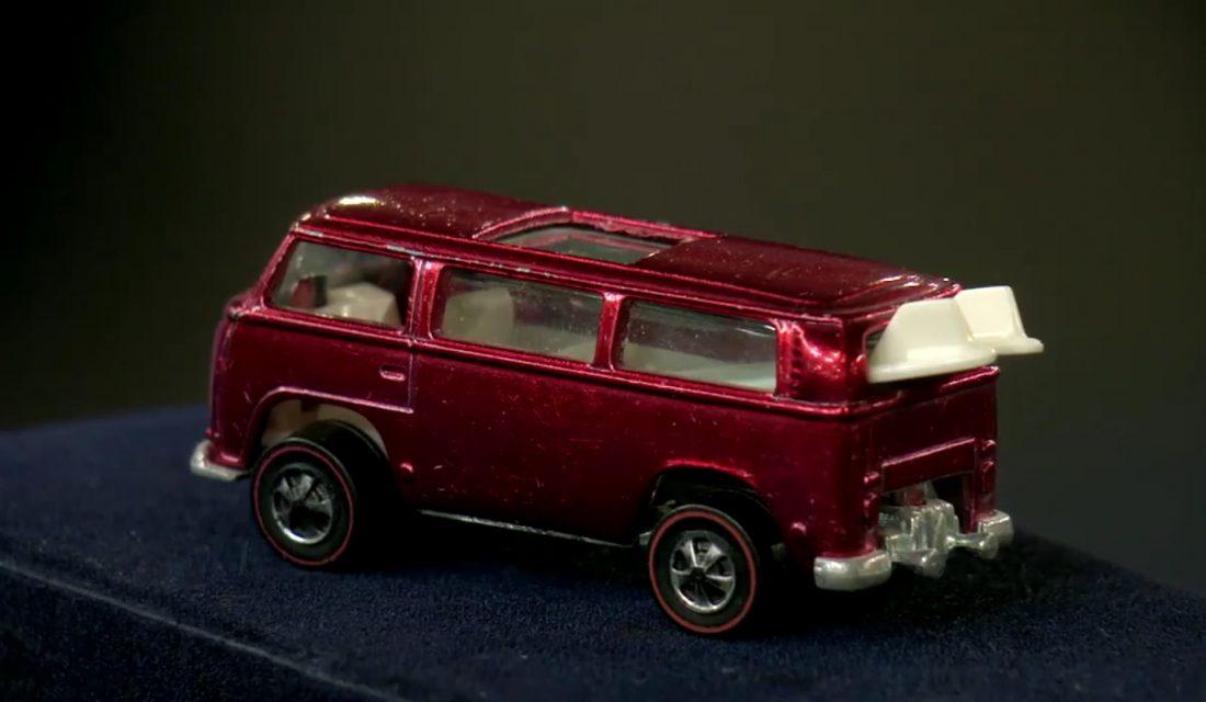 """Hot Wheels Volkswagen Bus T2 """"Beach Bomb"""" Prototyp"""
