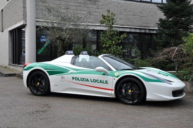 Ferrari 458 Spider policja
