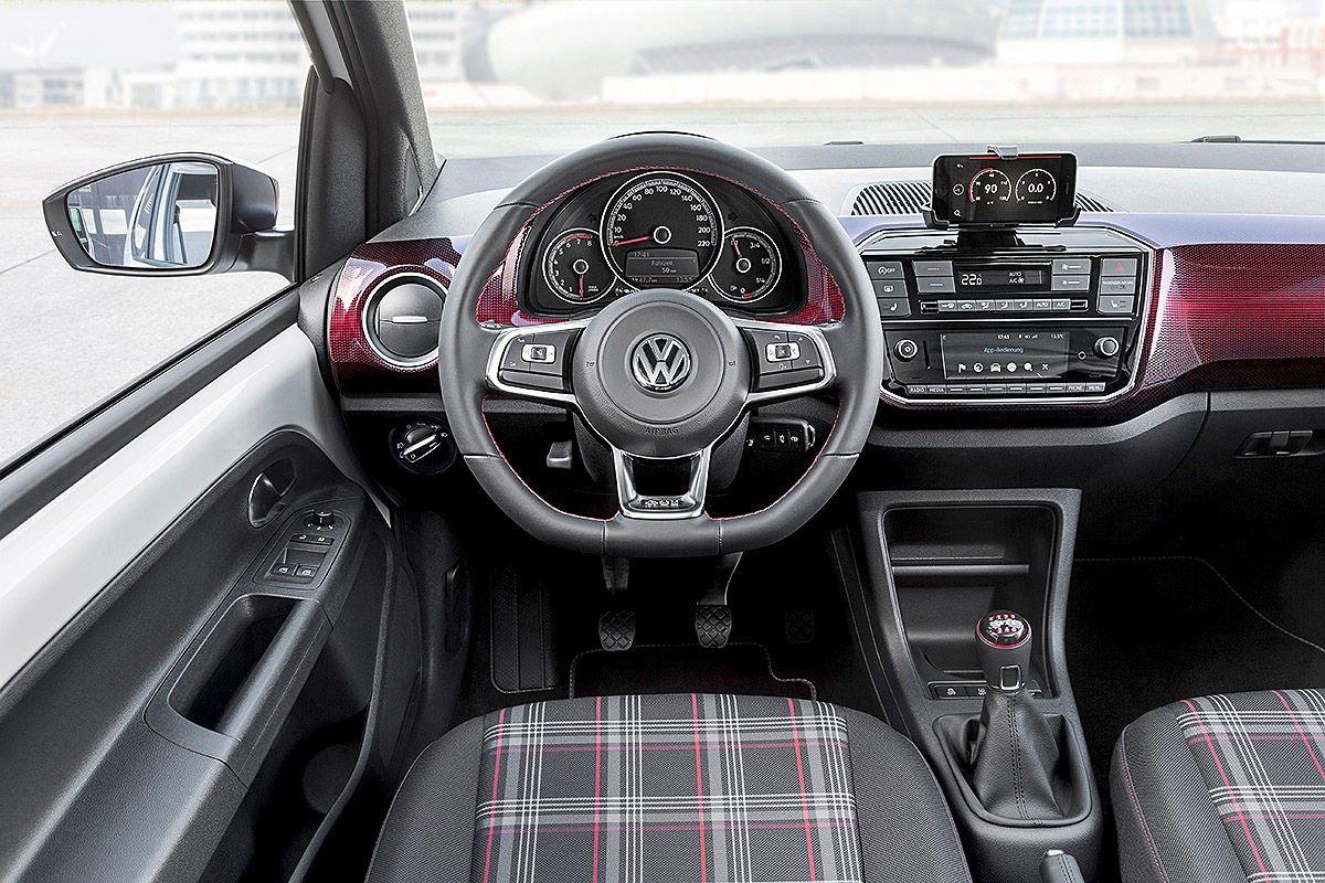 Volkswagen up gti oficjalnie for Auto interieur folieren