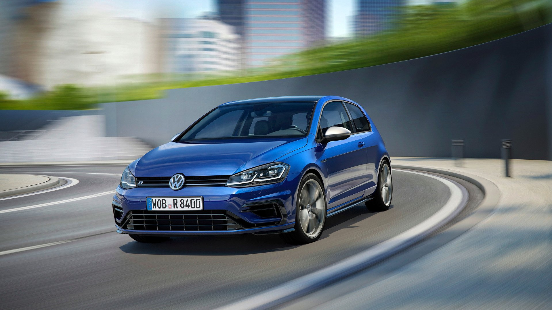 Volkswagen Golf R Performance Pack