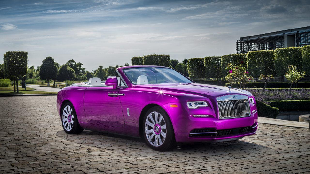 Rolls-Royce Dawn in Fuxia