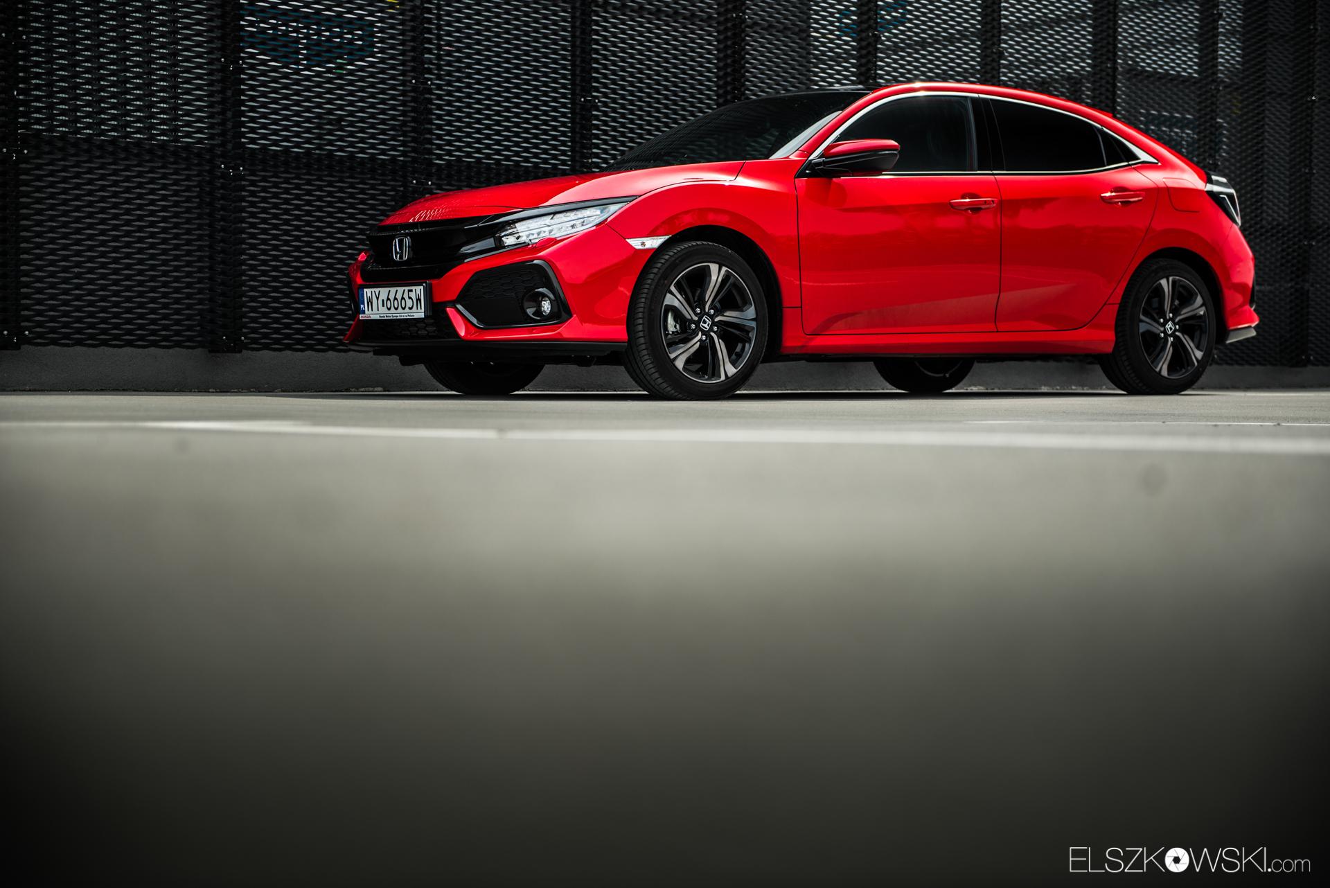 Honda Civic Sport red