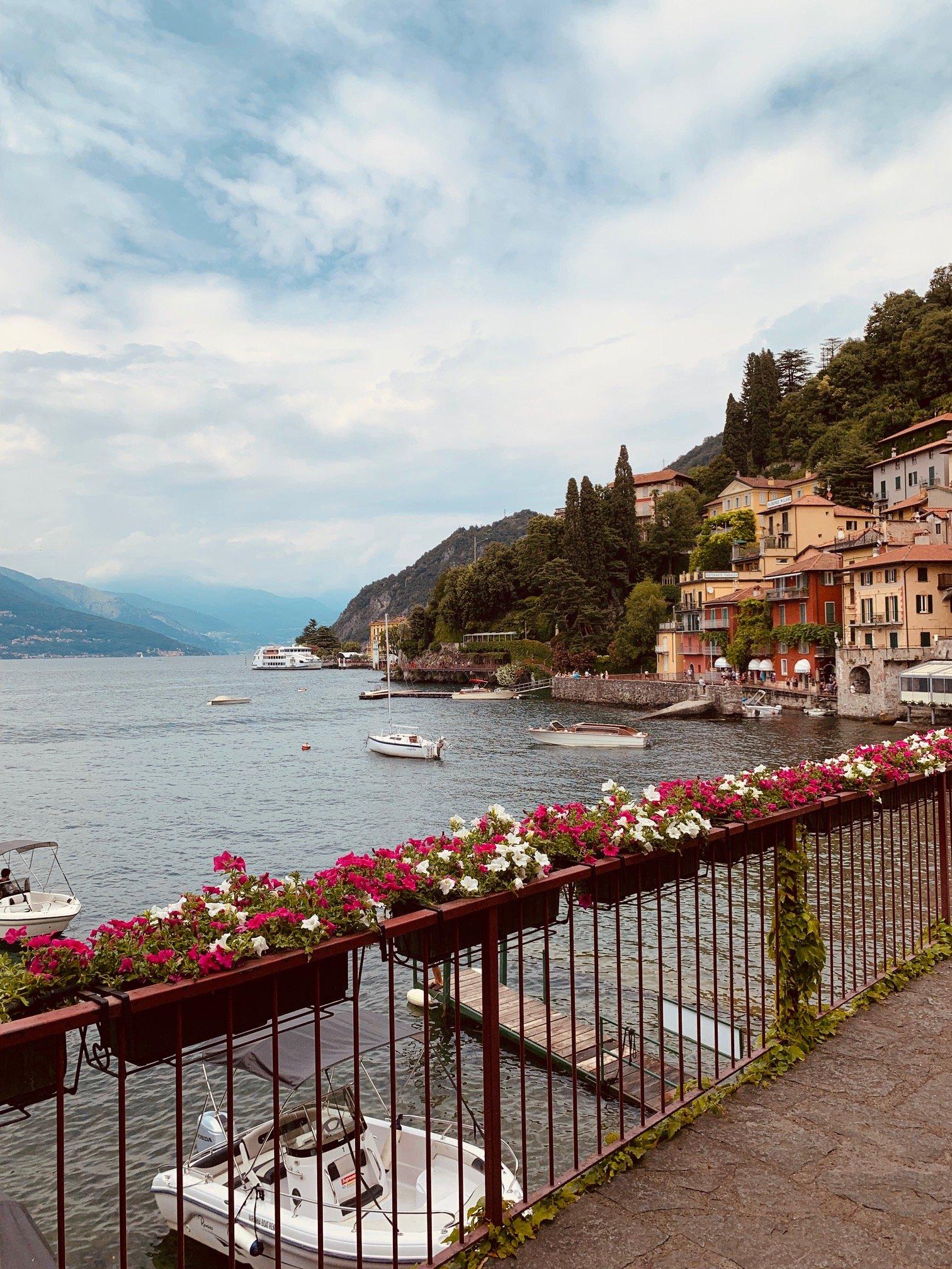 Varenna jezioro Como