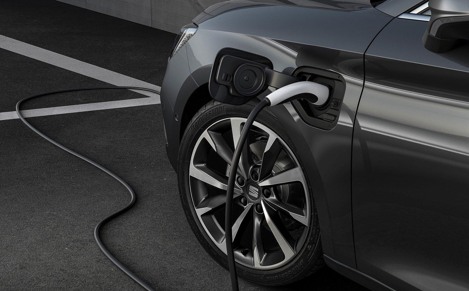SEAT Leon IV 2020 plug-in