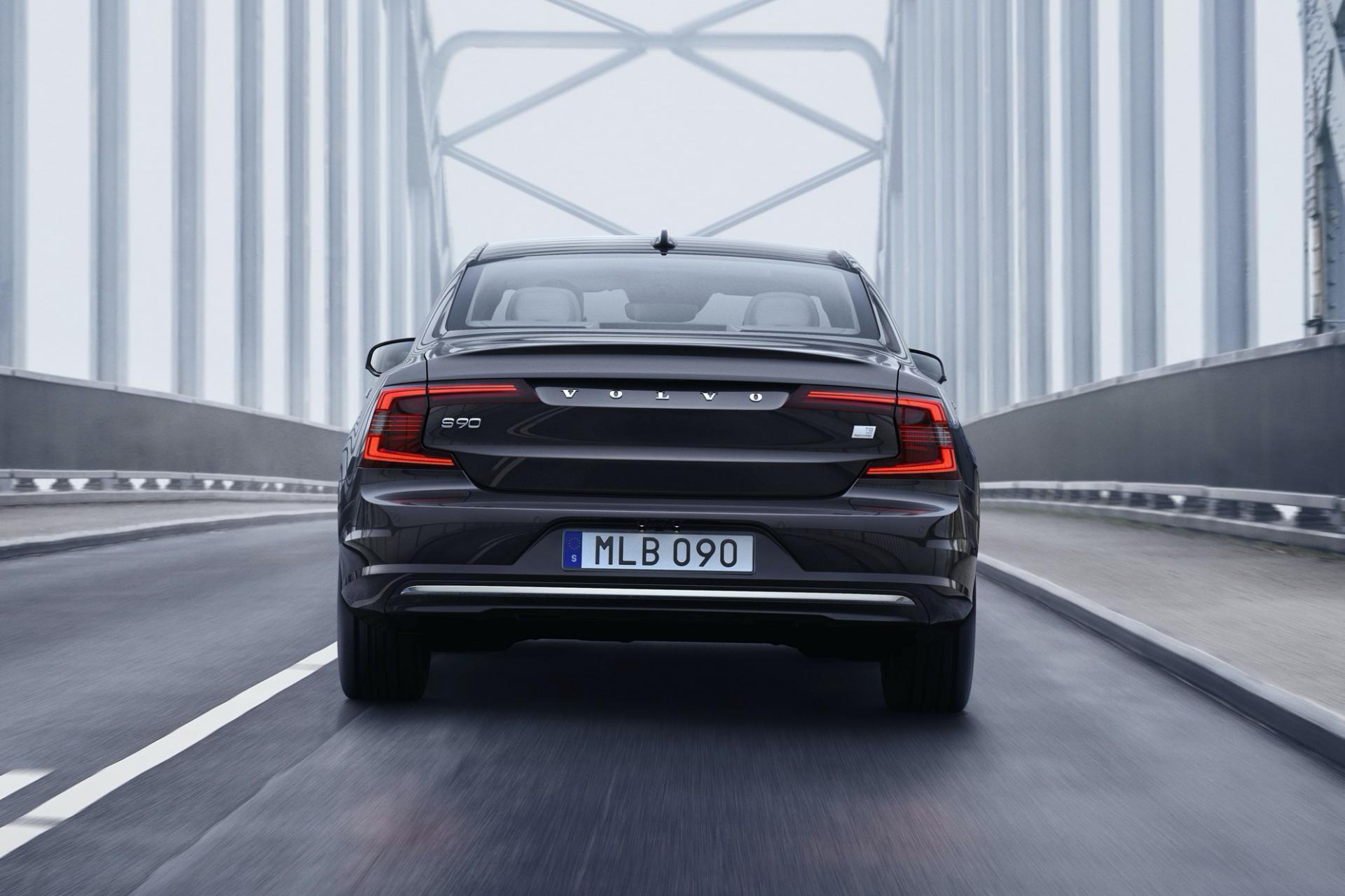 Volvo S90 2020 lifting