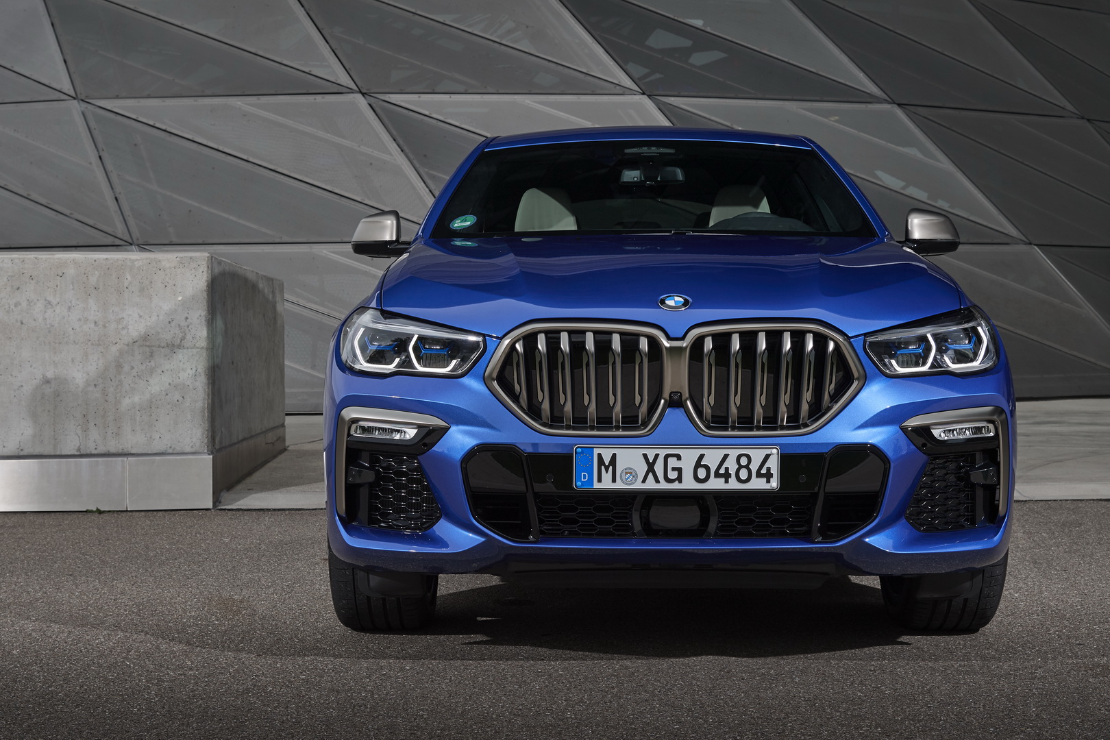 BMW X6 xDrive40d Mild-Hybrid