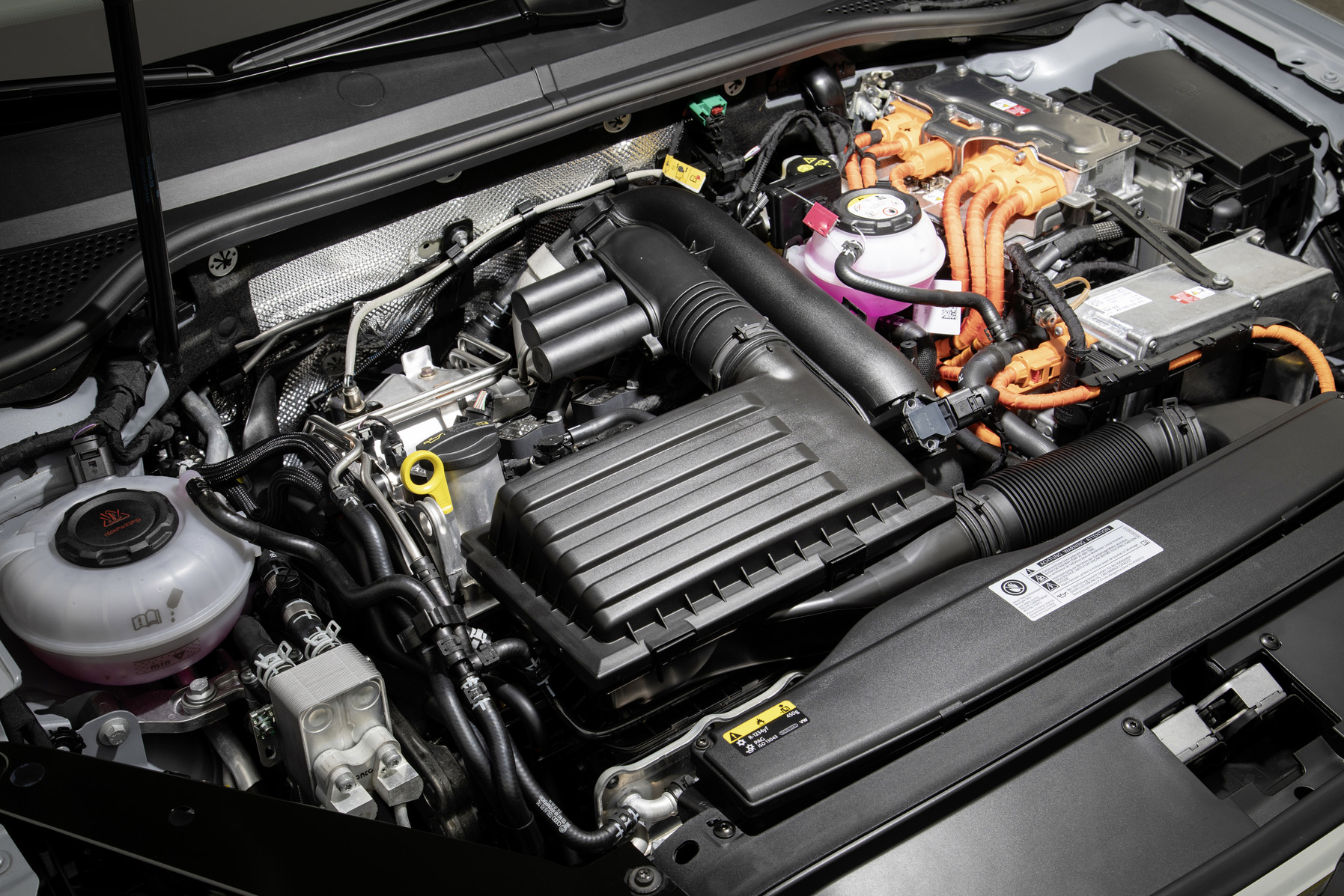 Silnik PLUG-IN Hybrid