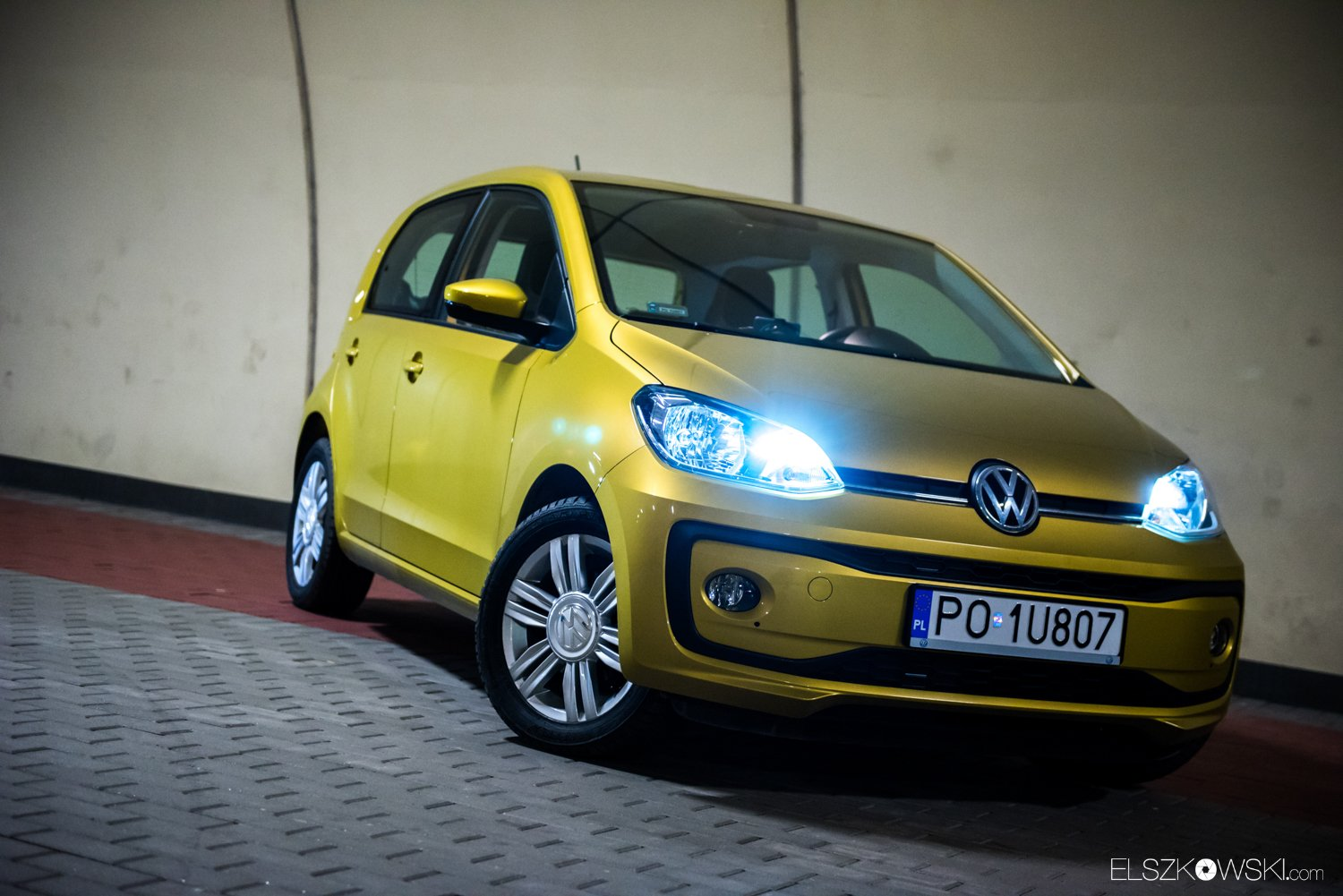 Volkswagen Up! 1.0 MPI 75 KM high up