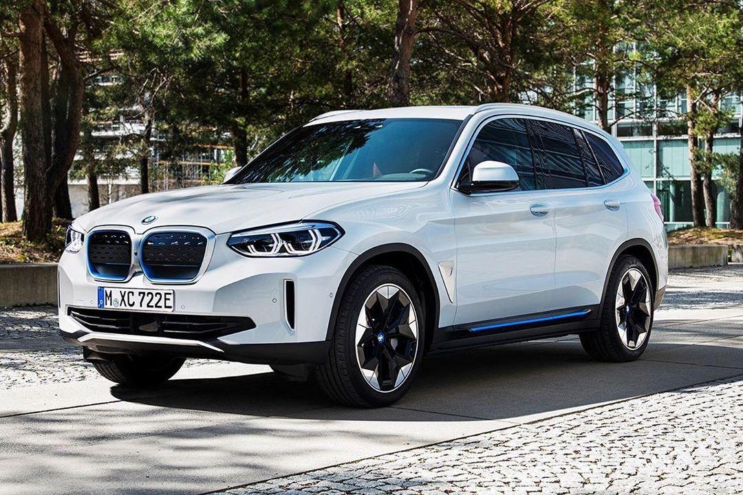 BMW iX3 2021