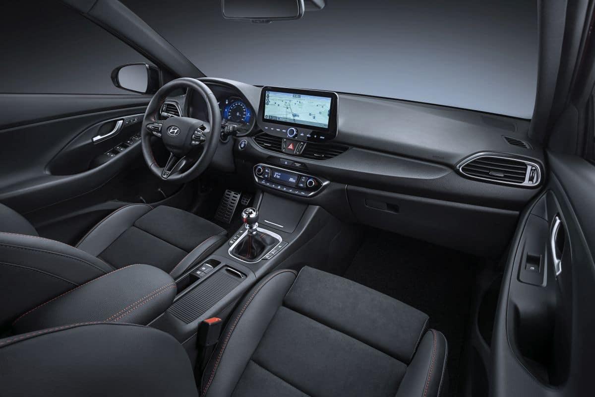 Nowy Hyundai i30 N Line wnętrze