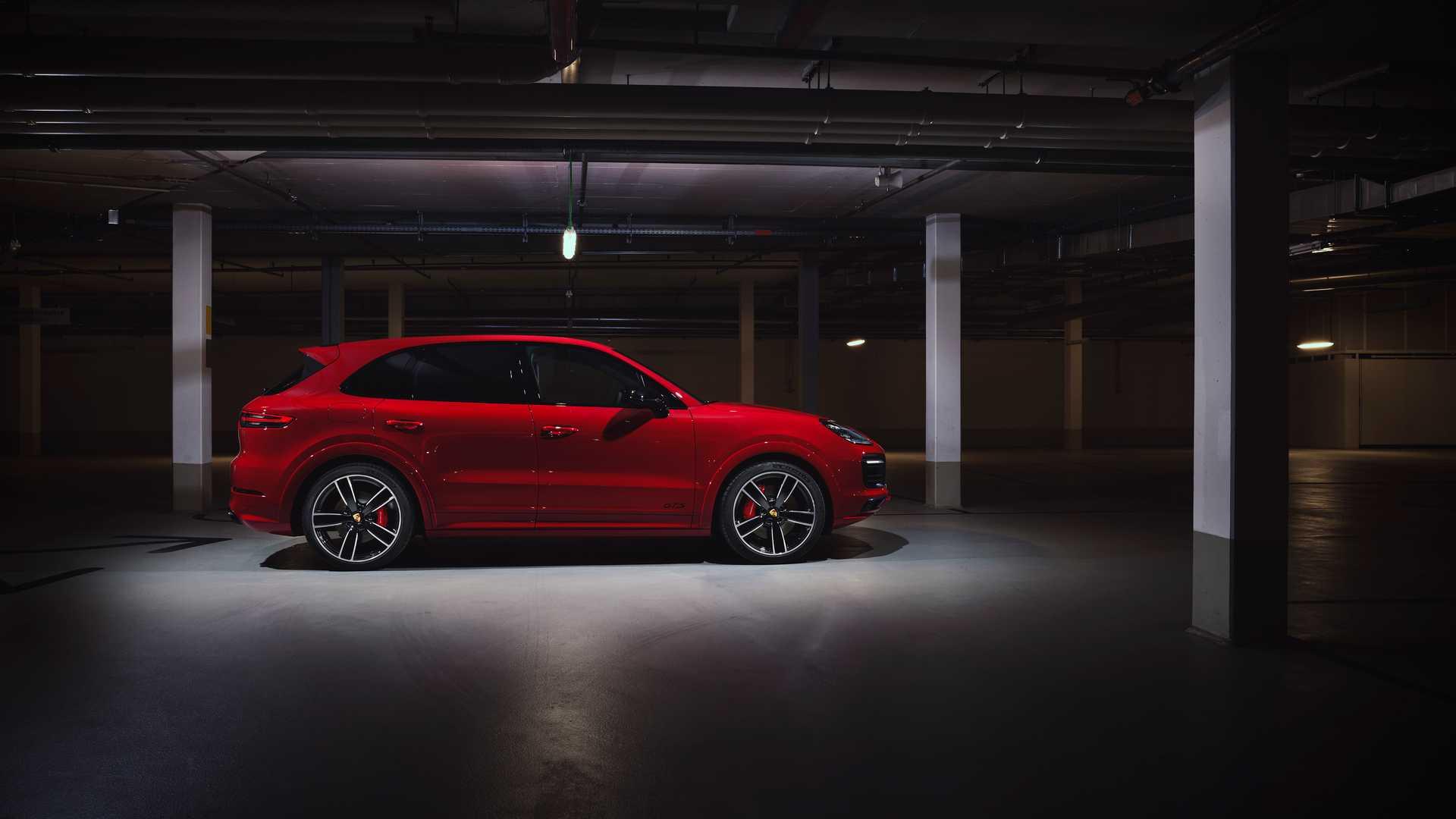 Porsche Cayenne GTS (2021)