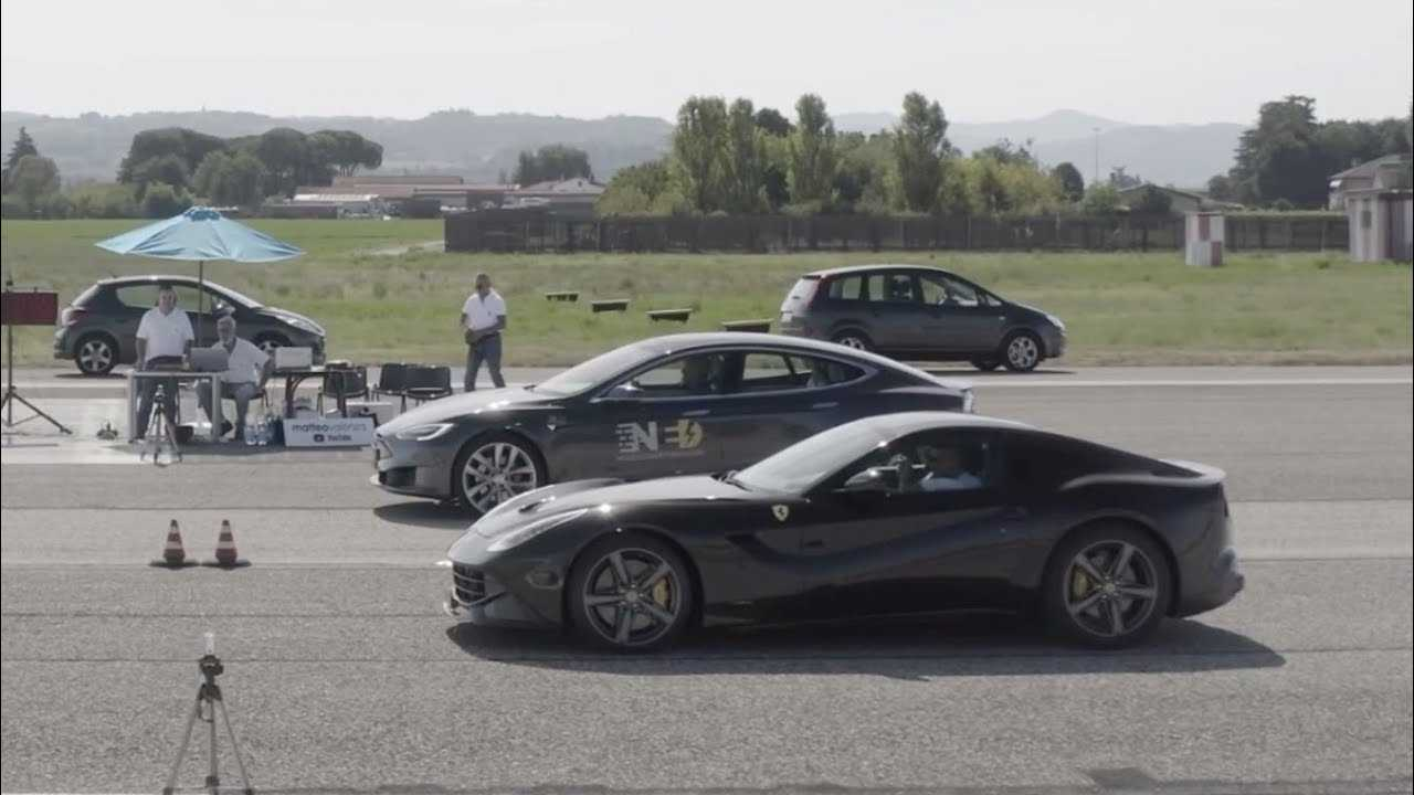 Tesla Model S P100D vs. Ferrari F12