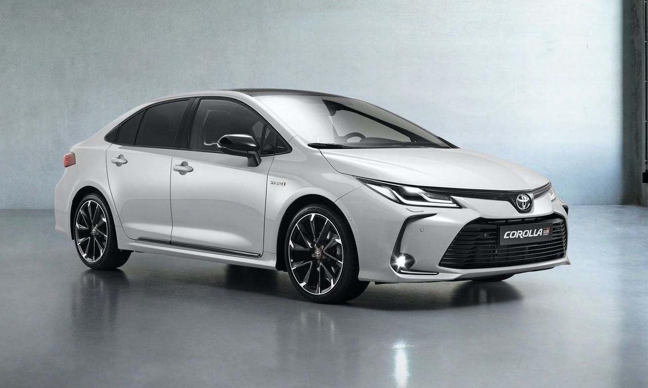 Toyota Corolla Sedan GR Sport 2021