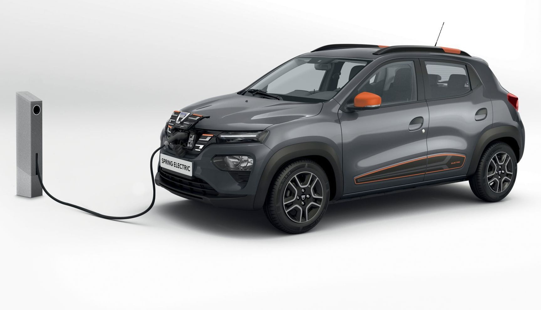 Dacia Spring (EV) 2021 podczas ładowania