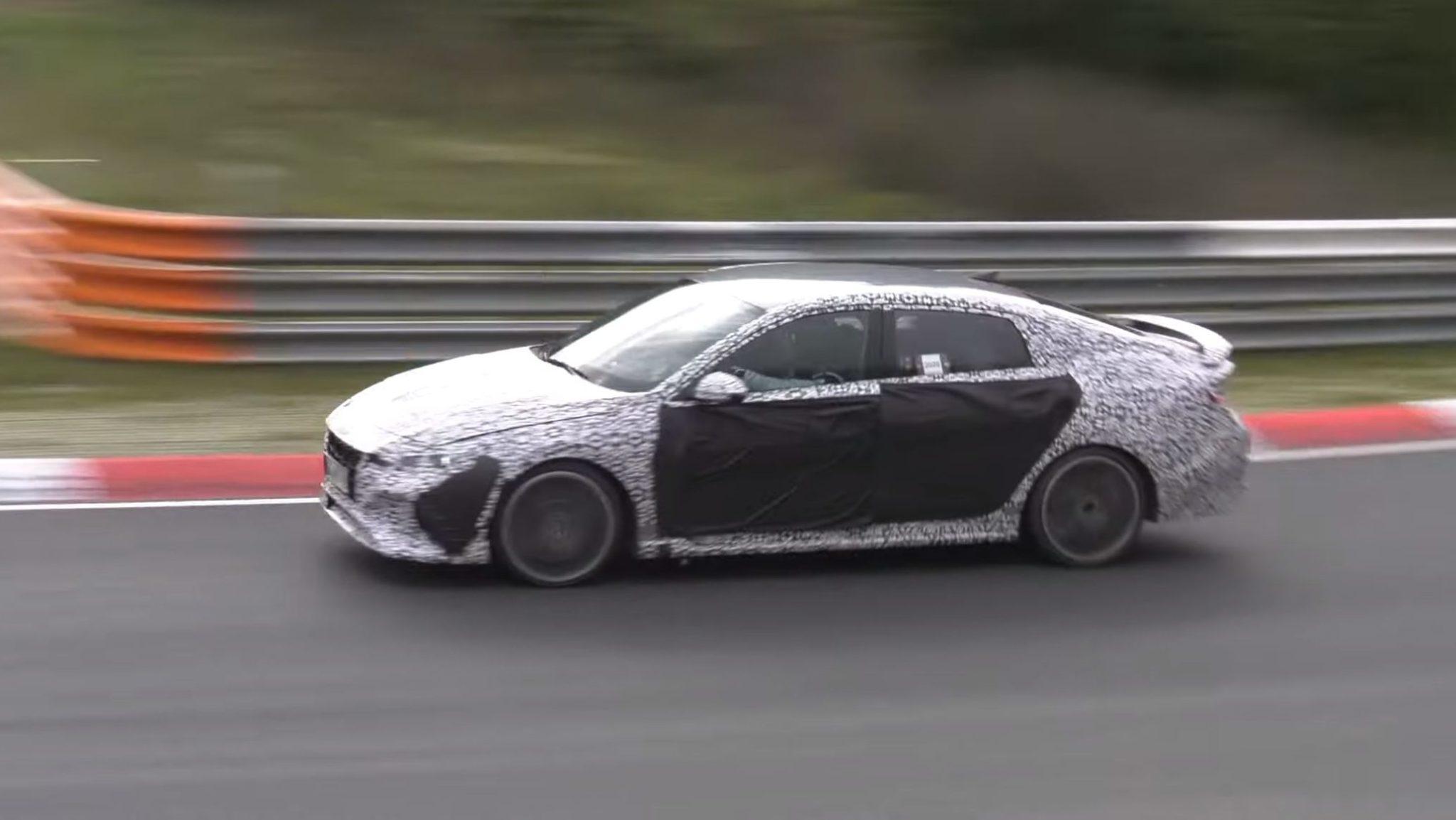 Hyundai Elantra N: testy na torze Nurburgring