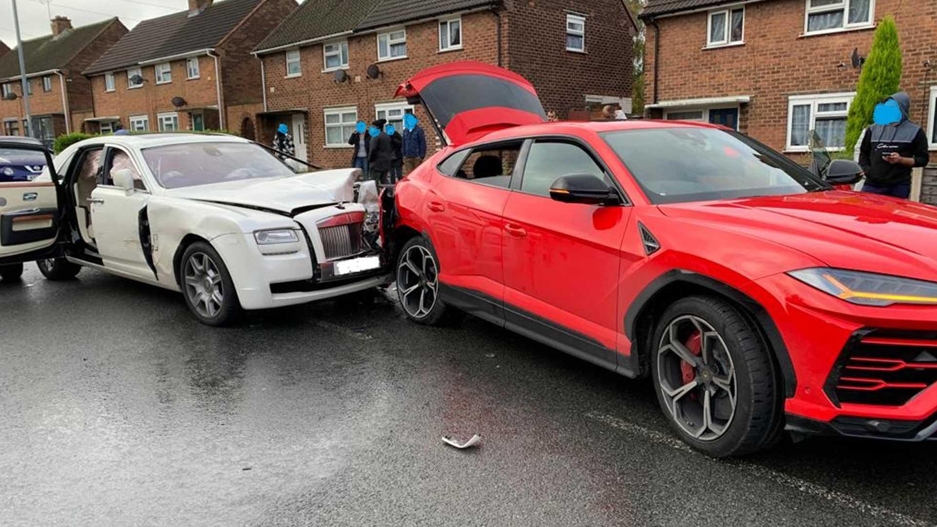 Wypadek z udziałem Lamborghini i Rolls-Royce