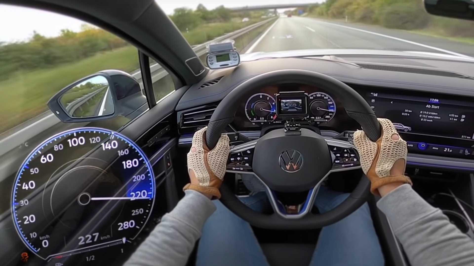Volkswagen Touareg R (2021): przyspieszenie 0-100 km/h, dane techniczne, launch control