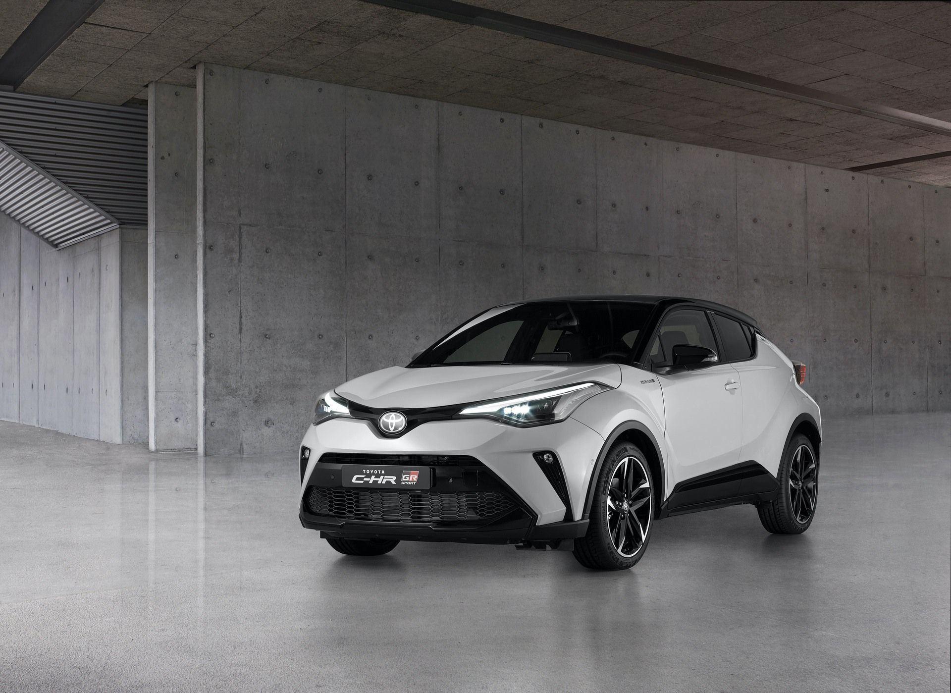 Toyota CH-R GR Sport (2021)