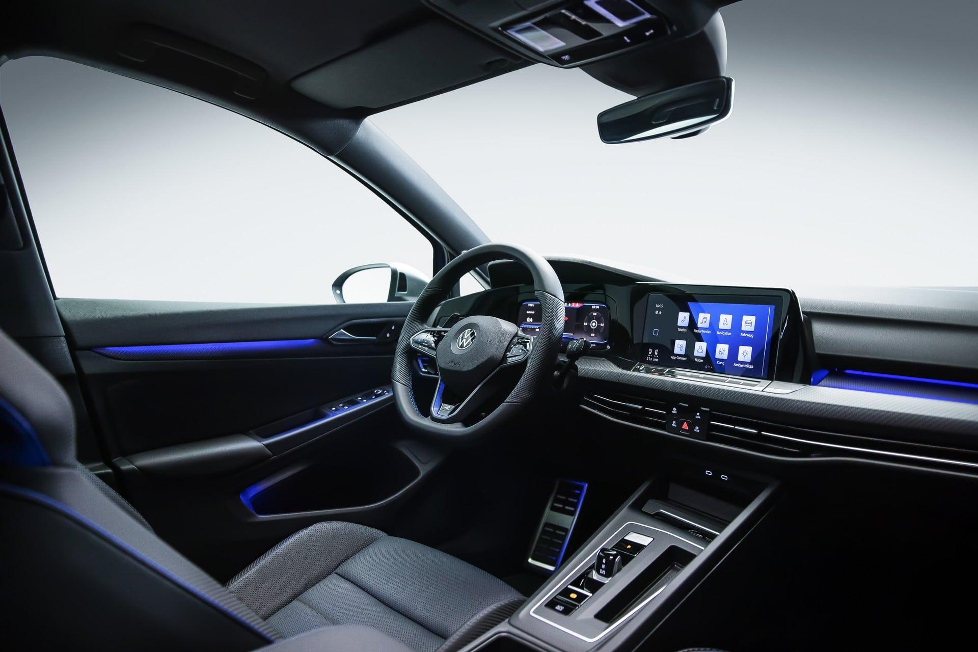 Volkswagen Golf VIII R (2021)