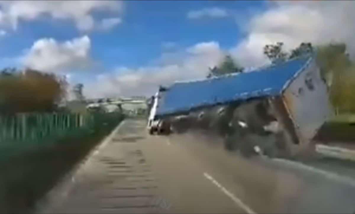 Wypadek ciężarówki na autostradzie A4: Zgorzelec