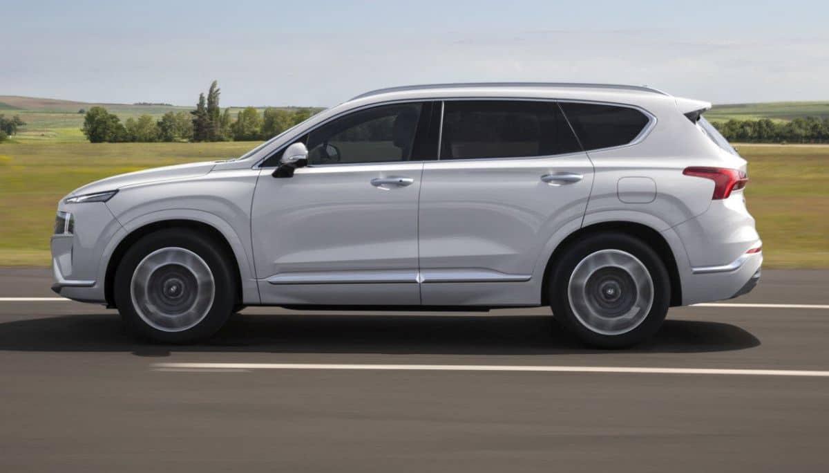 Hyundai Santa Fe (2021)