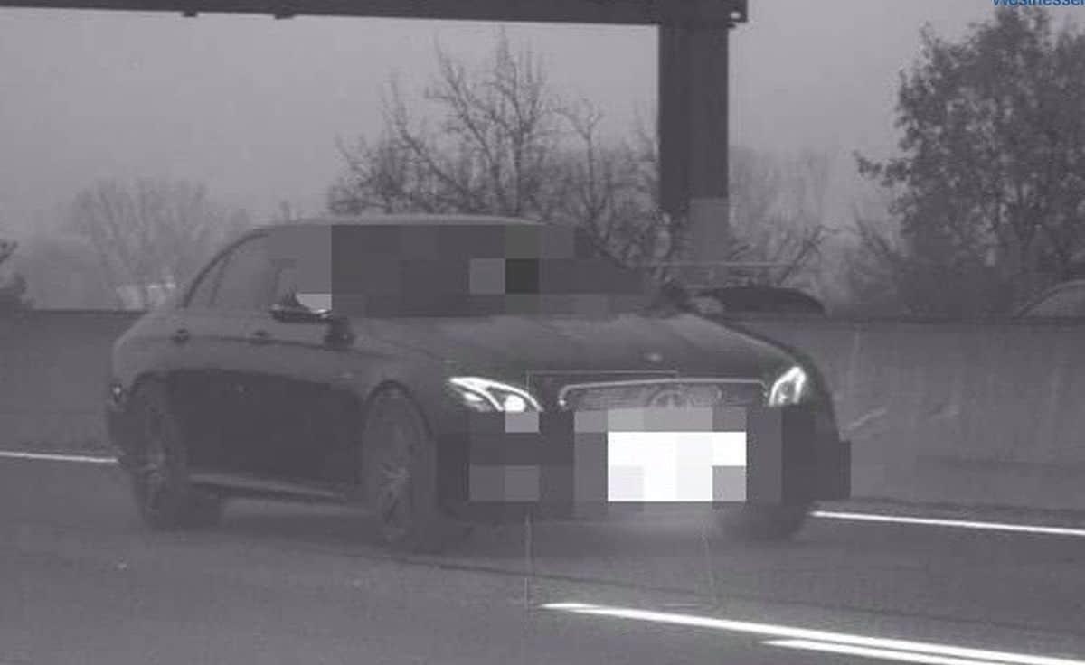 Mercedes-AMG E53: zdjęcia z fotoradaru
