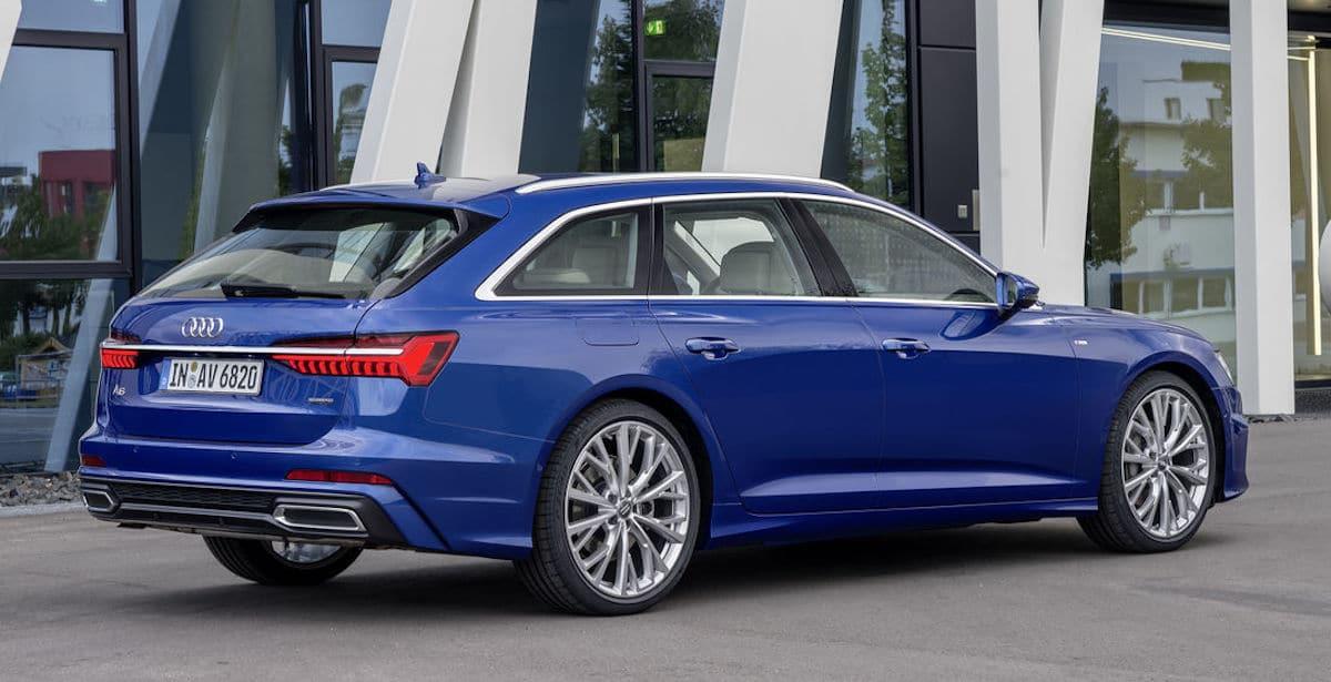 Audi A6 Avant (2020): niebieski