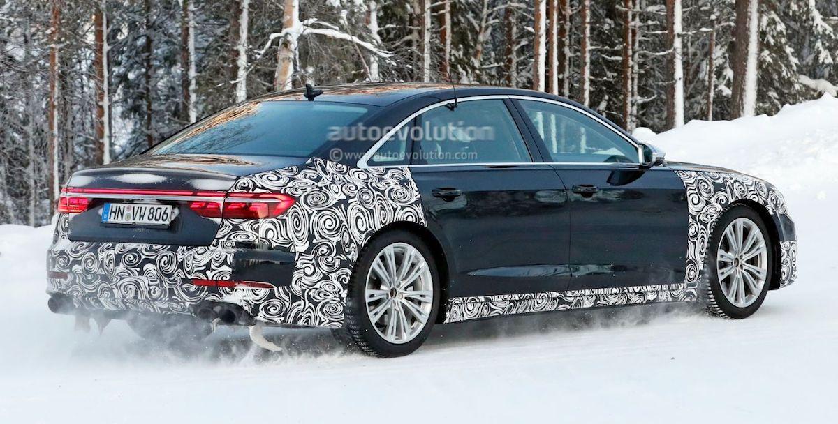 Audi S8 Plus (2022): zdjęcie szpiegowskie, tył
