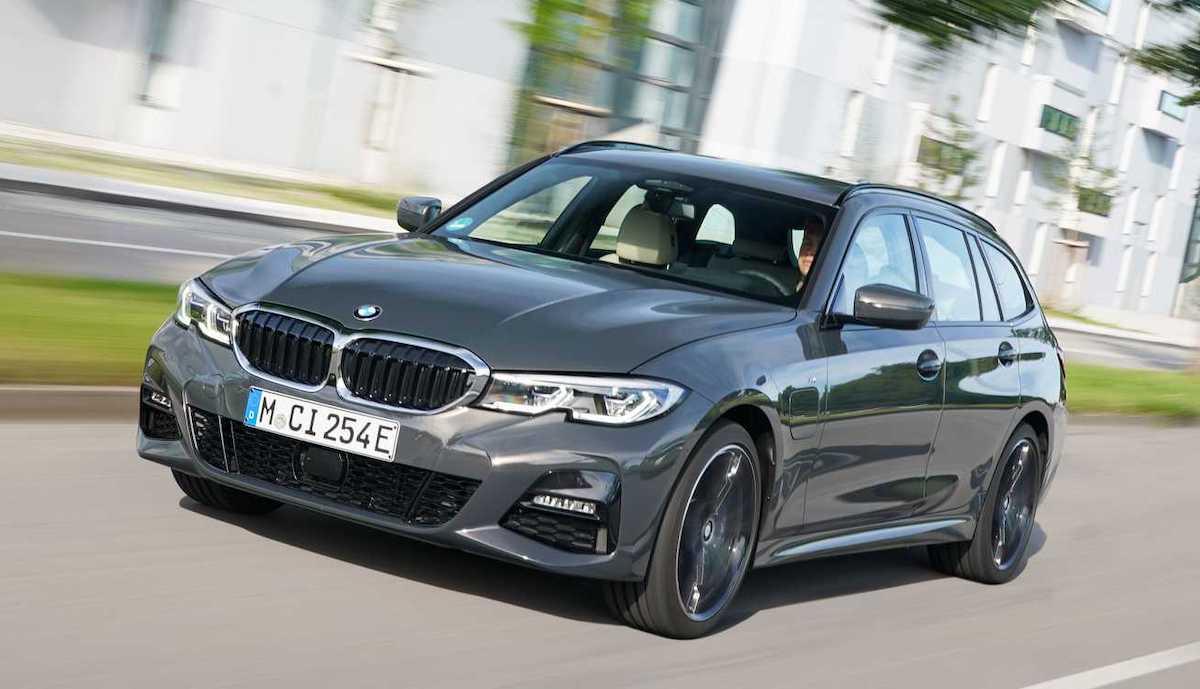 BMW 320e Touring (2021)