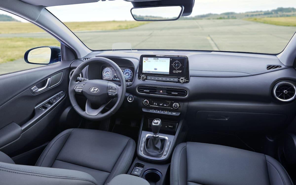 Hyundai Kona 1.6 T-GDI (2021): wnętrze