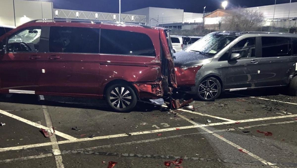 Mercedesy Klasy V zniszczone przez pracownika (Hiszpania)