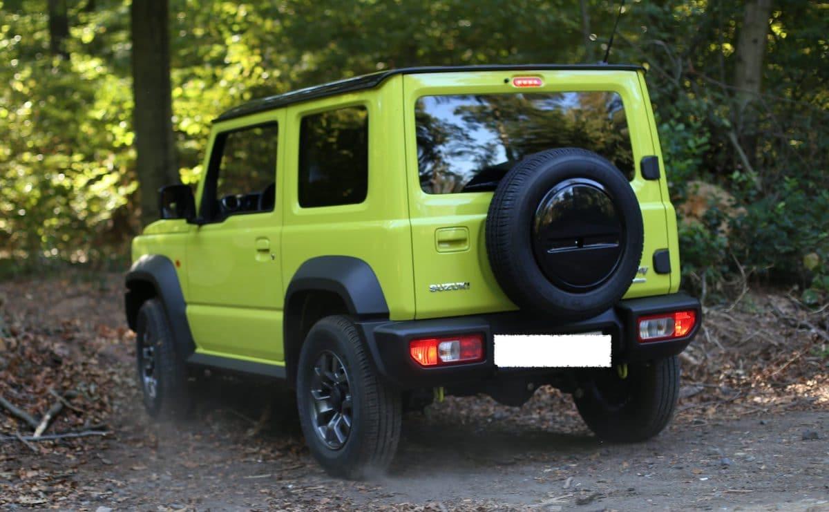 Suzuki Jimny: tył