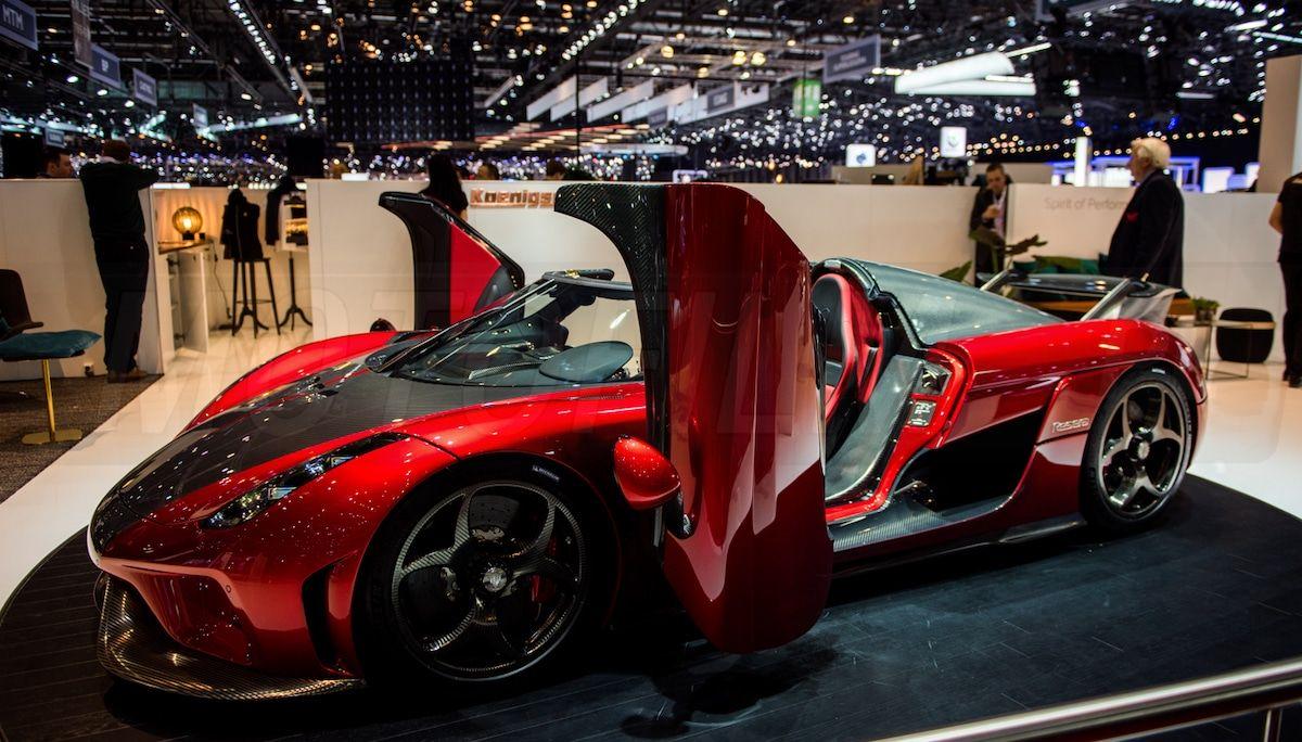 Koenigsegg Regera: czerwony