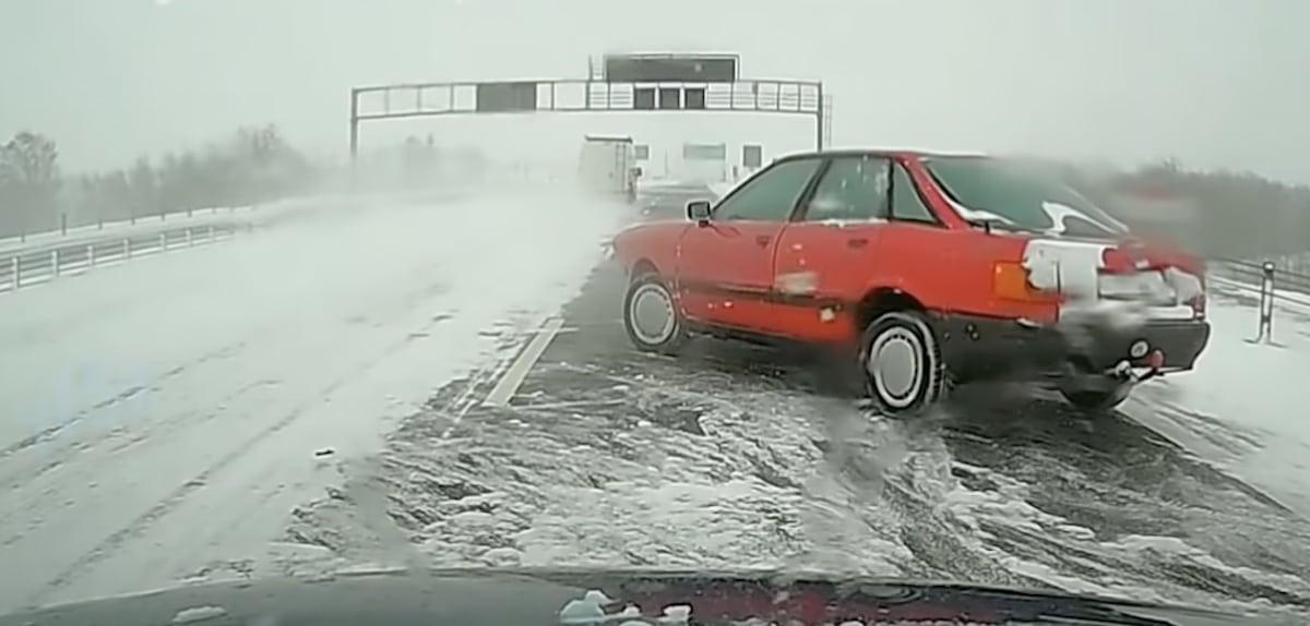 Audi 80 B3: czerwone
