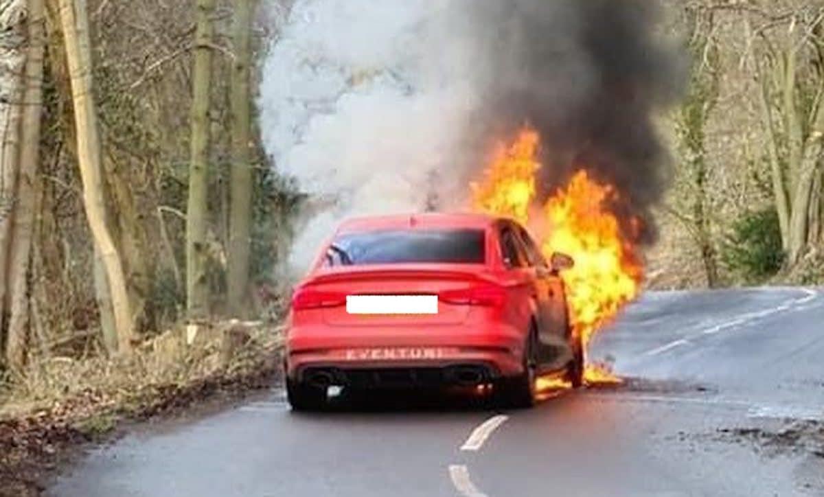 Audi RS3 Eventuri (pożar)