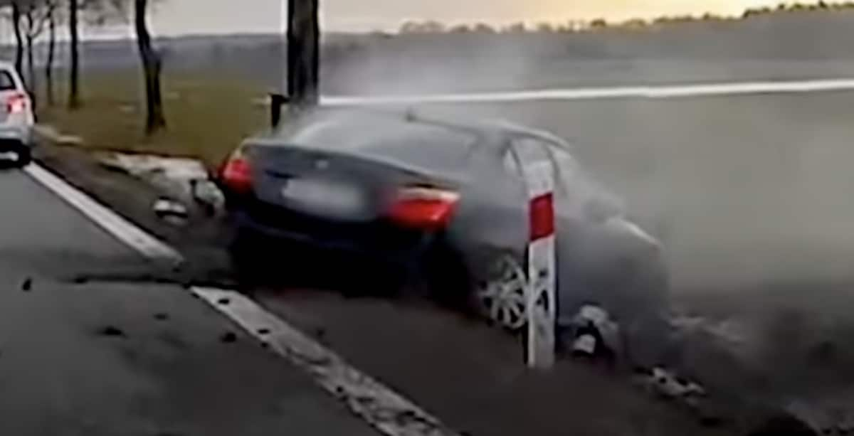 Czarne BMW serii 5 (E60): wypadek na DK94