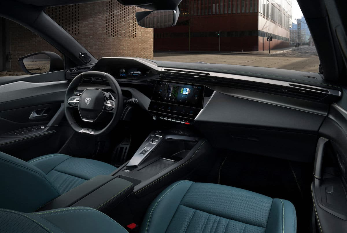 Peugeot 308 (2021) Olivine Green, wnętrze