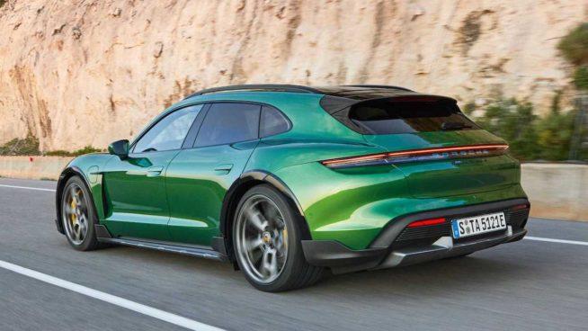 Porsche Taycan Cross Turismo (2021)