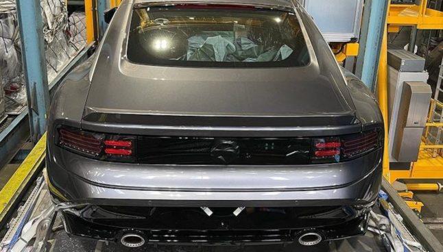 Nissan 400Z (2022): tył