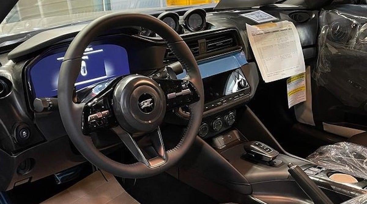 Nissan 400Z (2022): wnętrze